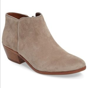 Sam Edelman Petty Chelsea Boot $99 6.5
